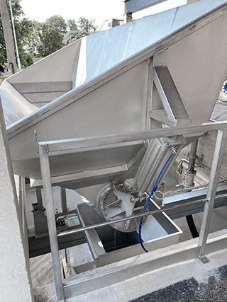 Grape reception and processing
